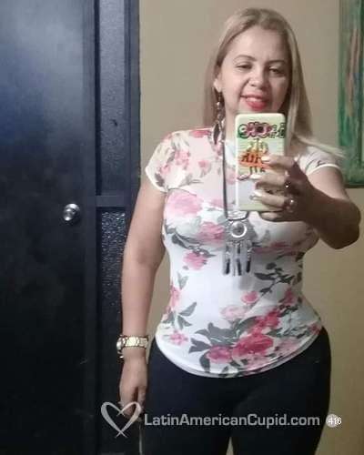 Mujer Busca Hombre 821729