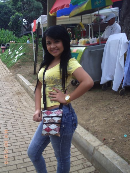 Busco Mujer 56324